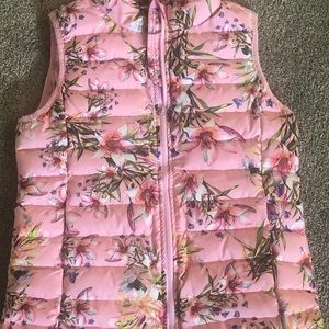 Floral Puffer Vest Pink, Size 13/14, NWT